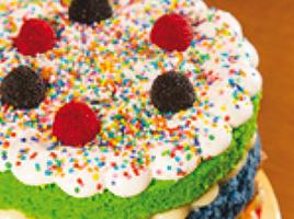Naked cake ganha toques infantis em encomendas para o Dia das Crianças